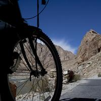Cycling the Indus valley route