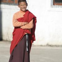 Photoshoot with the monks at the Dramtse monastery near Trashigang.