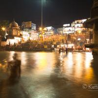 A pilgrim taking a ritual bath in the Ganges at Har-Ki-Pauri, Haridwar.
