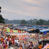 Pilgrims from all over north india gathered in Har-ki-Pauri for the Kanwar Mela.
