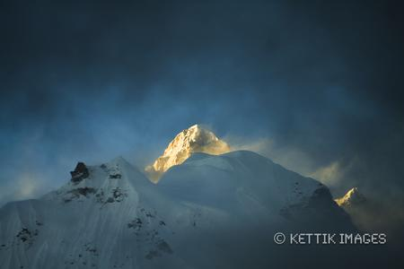 Last light over the Kanchendzonga peak..