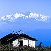 Living in the Shadow of the mighty Kanchendzonga
